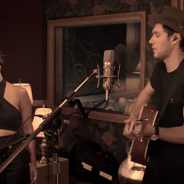 Here it is... enjoy the acoustic version of 'Seeing Blind' with the lovely @MarenMorris https://t.co/Iz0AFVaqoA https://t.co/HkopErNzsM