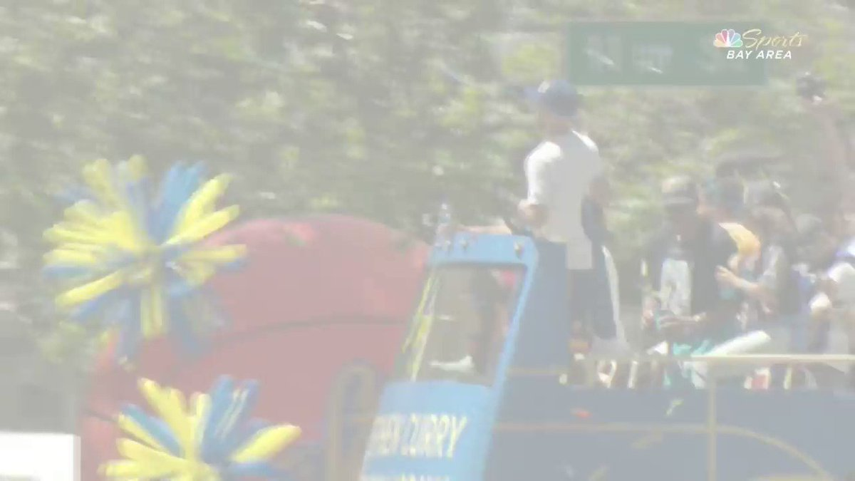 Steph Curry's BEST moments from the #WarriorsParade! https://t.co/AydKes022b
