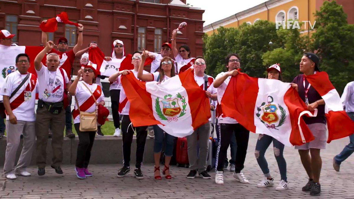 Amor❤️Pasión��Unidad��   Nos encontramos con un buen número de aficionados peruanos antes del #FRAPER #Rusia2018 https://t.co/l4G3FJdRFq