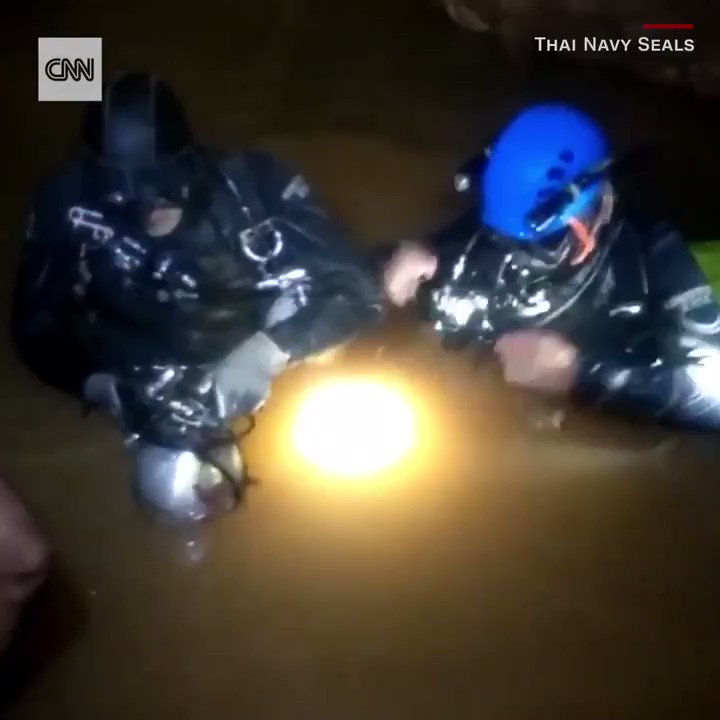 New video shows just how dangerous the Thai cave rescue was https://t.co/qsYHAn0wVv https://t.co/qhanywoTSQ