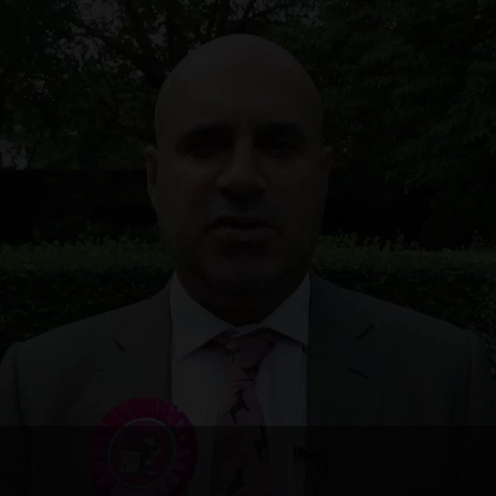 RT @Animal_Watch: Hero @marcthevet speaking to @DefraGovUK about #LucysLaw at @10DowningStreet yesterday. https://t.co/QAFO7XmNBM