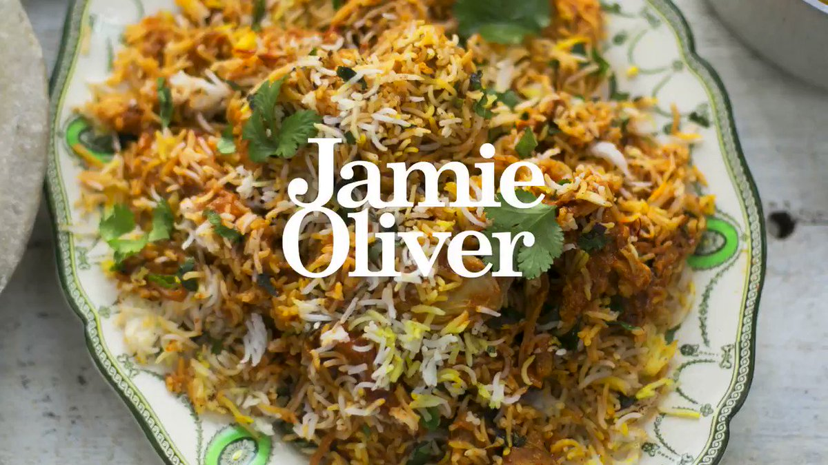 #Fakeaway night! How about our good friend @cookinacurry's easy Chicken Biryani recipe? #CurryNight https://t.co/XR5jkhweM7