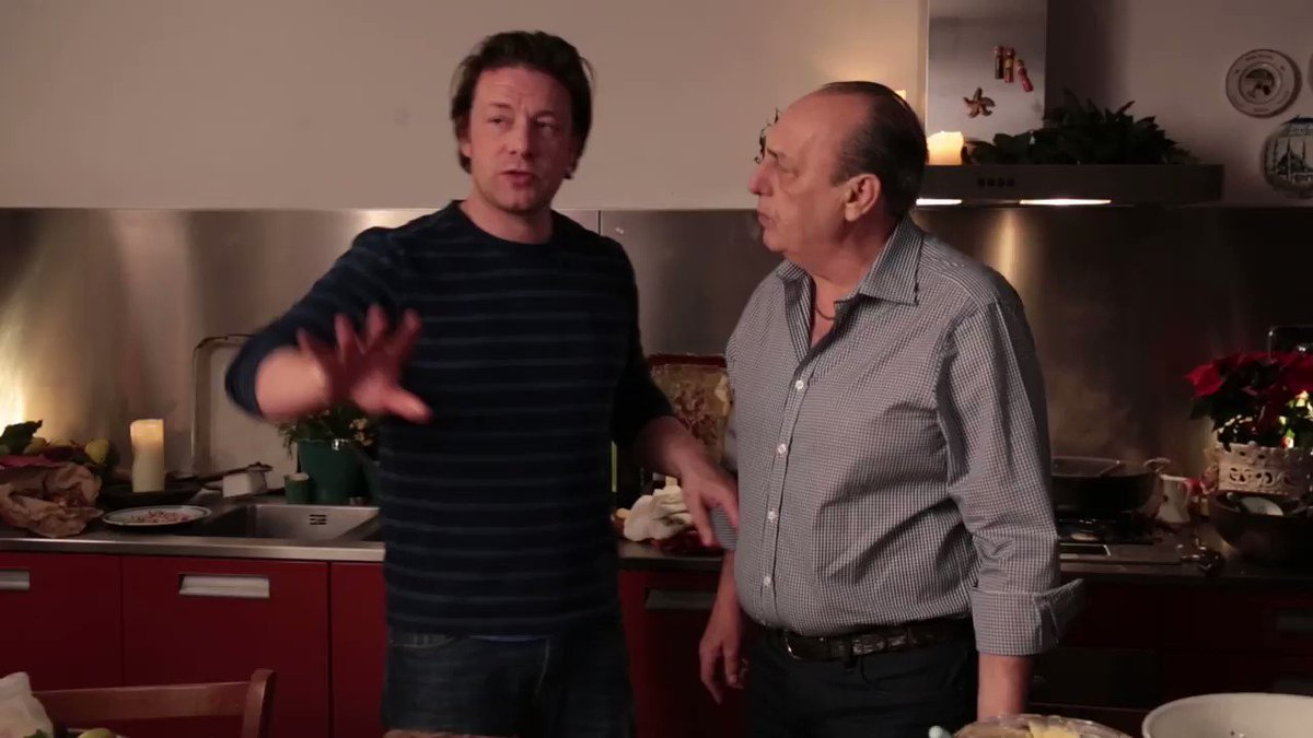 What does pesto mean, @cennarocontaldo?! ????  #JamieCooksItaly https://t.co/r48NIct3x0