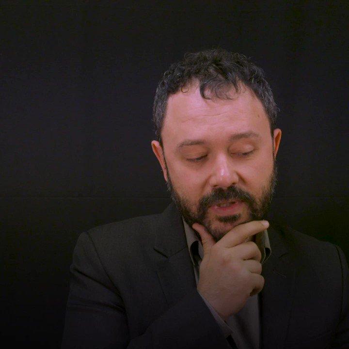 """Comment dessiner le réel ? À l'occasion de l'exposition consacrée à @RiadSattouf au Centre Pompidou, nous avons posé la question à l'auteur de """"L'Arabe du futur"""" et des """"Cahiers d'Esther"""". https://t.co/HUNB3fnuFJ"""