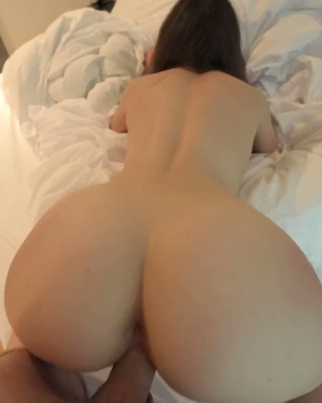 One true PAWG to rule them all