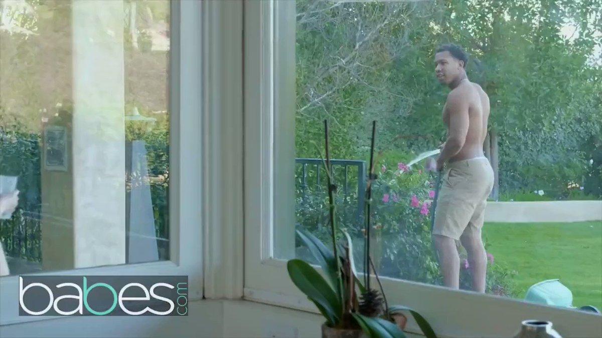 Hot Lena Paul Seduces The Gardener