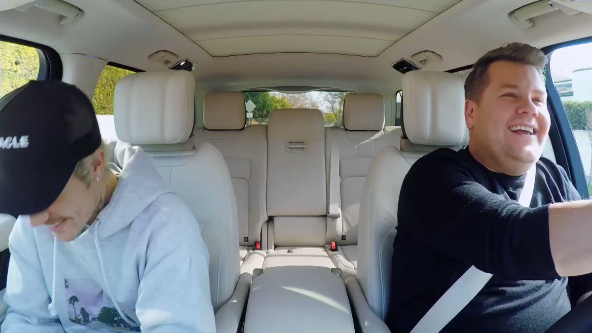 ".@JustinBieber cantando ""Smelly Cat"". #CarpoolKaraoke #FRIENDS"