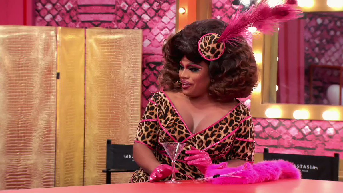 Mood because #DragRace Season 12 starts RIGHT NOW! 🌈💓  Retweet if you're watching with us, squirrel friends 👑