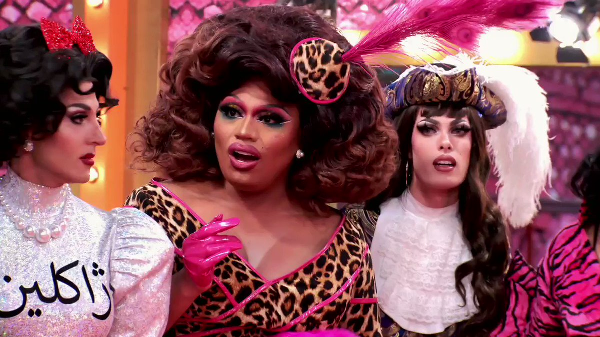 What 👏 is 👏 going 👏 ON 👏 #DragRace