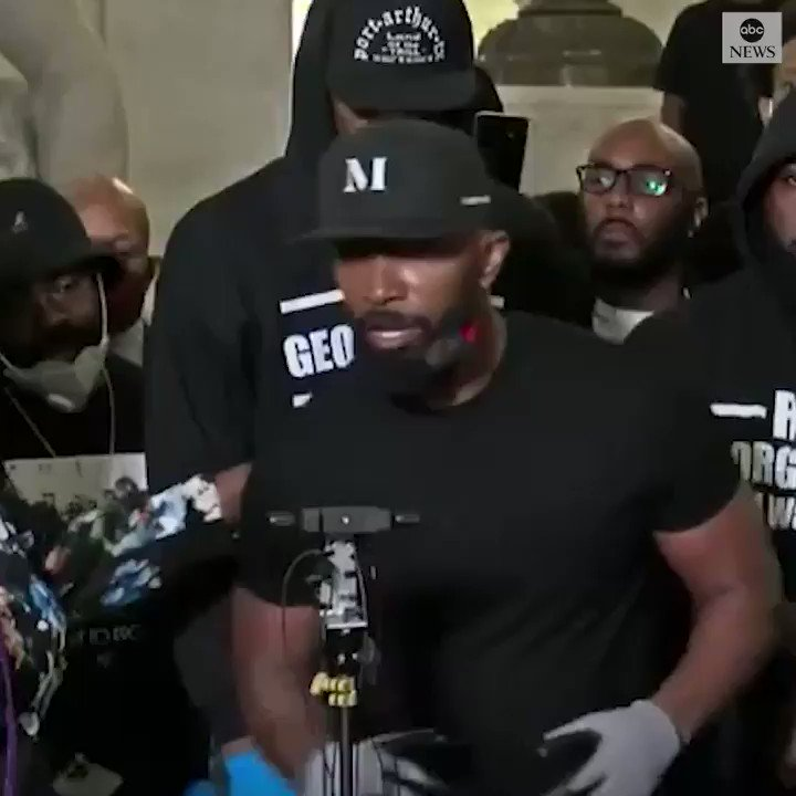 Thank you @iamjamiefoxx  for taking a stand and not hiding in the shadows✊🏽👏🏽👏🏽👏🏽 via ABC #GeorgeFloydMurder #BlackLivesMatter #Resist