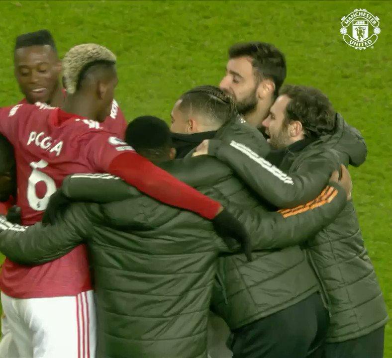 Unity, spirit and togetherness ❤  🔴 #MUFC #⃣ #MUNAVL 🏆 #PL
