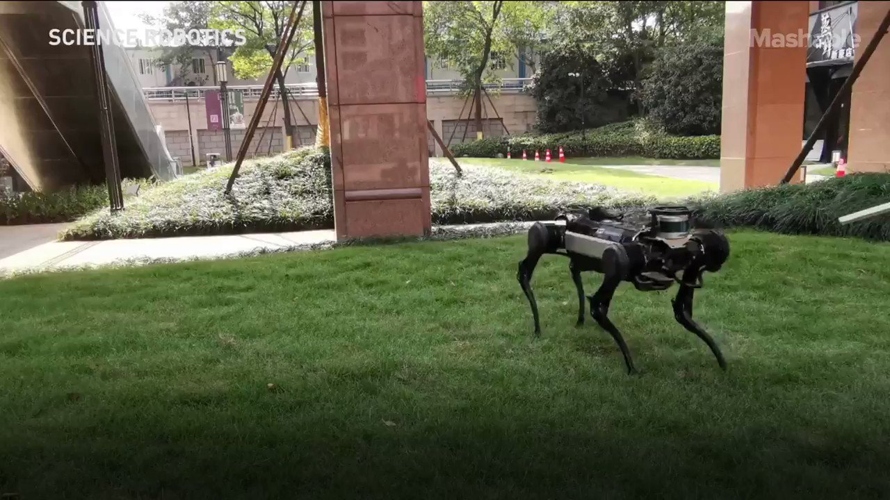 From the moment Boston Dynamics cemented the 'robot dog' in our collective consciousness, we've thoroughly enjoyed watching them get pushed and kicked around https://t.co/aWXXB8tYxu