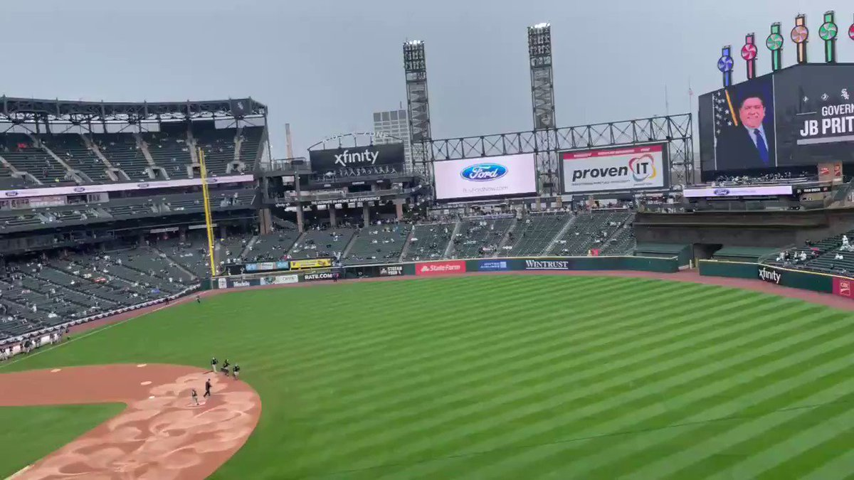 Chicago mayor Lori Lightfoot and Illinois governor J.B. Pritzker were booed as they entered Guaranteed Rate Field.
