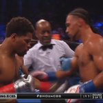 Thurman lands a right hook that stuns Porter in round 3! #PBConCBS https://t.co/E3GV4XVexT