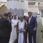 خطة كيري لتسليم #اليمن إلى #الحوثيين وصالح بدعوى حل الأزمة.. هل يقبل الخليجيون بذلك؟ https://t.co/lERUDIFlMT https://t.co/7ZZvNdCAf4