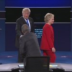 5 times Donald Trump was live fact-checked https://t.co/DSpDear02q #DebateNight https://t.co/LfWf1ZyKn1