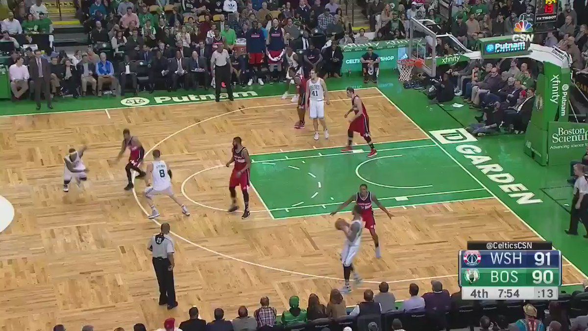 Mr. 4th quarter does it again!  Isaiah Thomas with 20 in Q4, 38 overall.  @celtics top the @WashWizards 117-108. https://t.co/hPNBBPBBVW