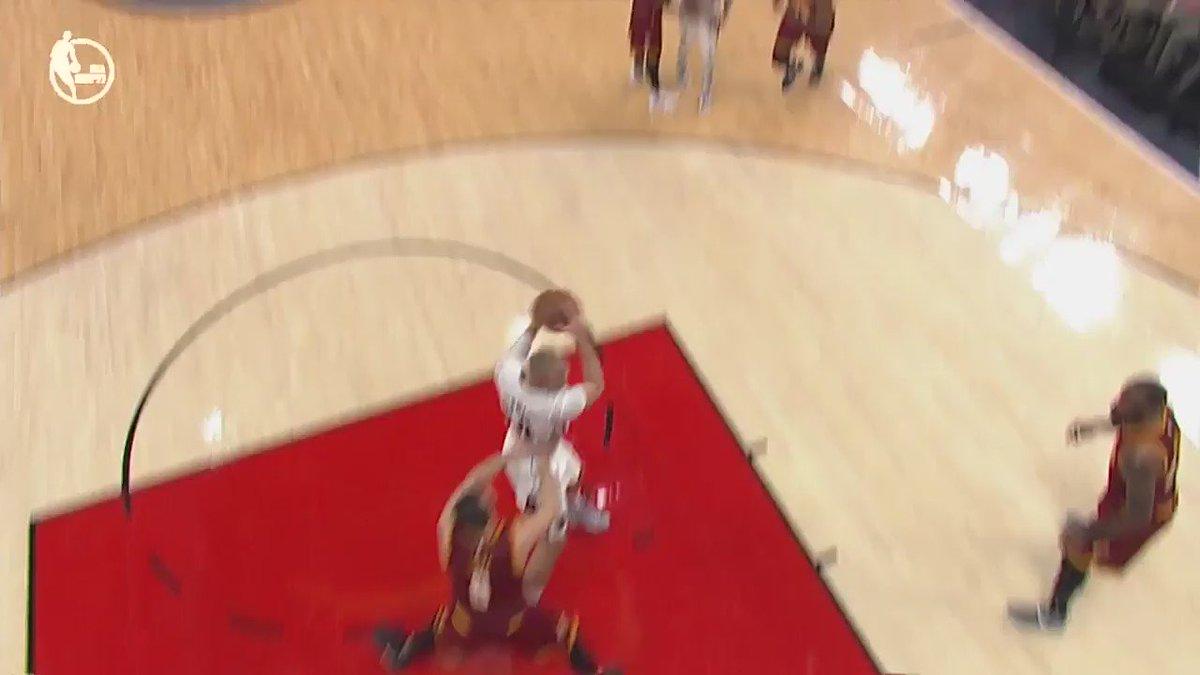 Dame finding new ways to score! #NBARapidReplay @ESPNNBA   #RipCity https://t.co/c7F6Hz8JMs