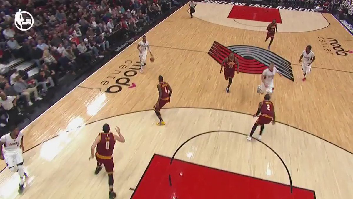 Dame smooth! #NBARapidReplay @ESPNNBA https://t.co/WytcNVVHVR
