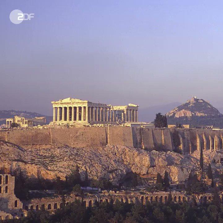 Die Debatte um den Rettungskurs für #Griechenland kocht wieder hoch. Die Frage: Weitere #Kredite oder #Grexit?