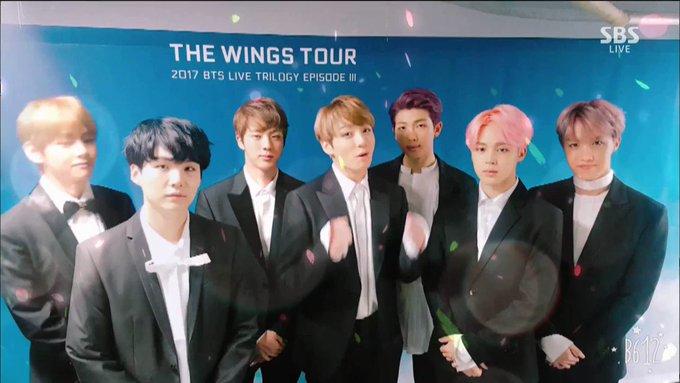 '봄 봄 봄 봄 봄이 왔어요~' #방탄소년단 과 함께라면 어디든 봄날! #SBS인기가요 #BTS 의 '봄날' #B612