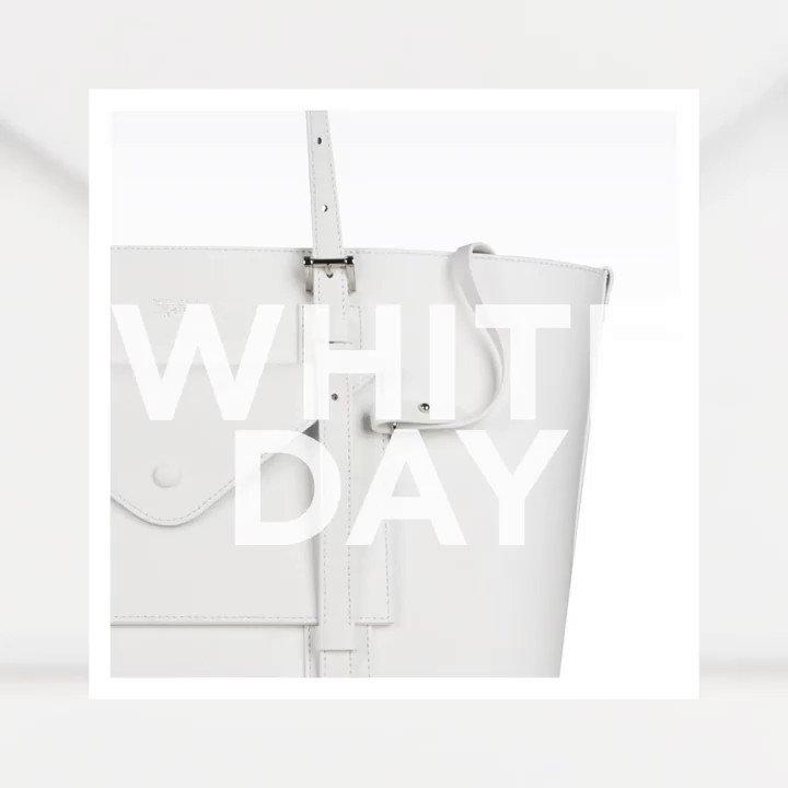 Happy White Day ードキっとするような瞬間。アルマーニのアイテムを身に纏った大切な人と一緒に春の街へ出かけよう。https://t.co/r6YxOQYIJU #WhiteDay #GiorgioArmani https://t.co/yLlFB0nU3R