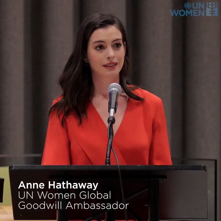 .@UN_Women Goodwill Ambassador Anne Hathaway celebrated #WomensDay at the UN this week. https://t.co/hDCsjbd1j2 https://t.co/Ny0hZk6yFf