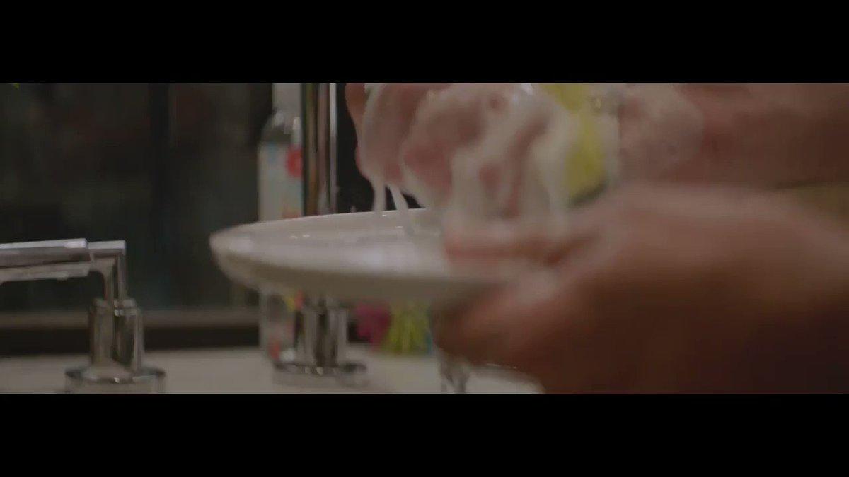 RT @Honest: When doing the dishes pays major dividends. #HonestMoments | Thanks, Dish Soap. https://t.co/cMtK1GjVCy https://t.co/ZENDP4fhLQ