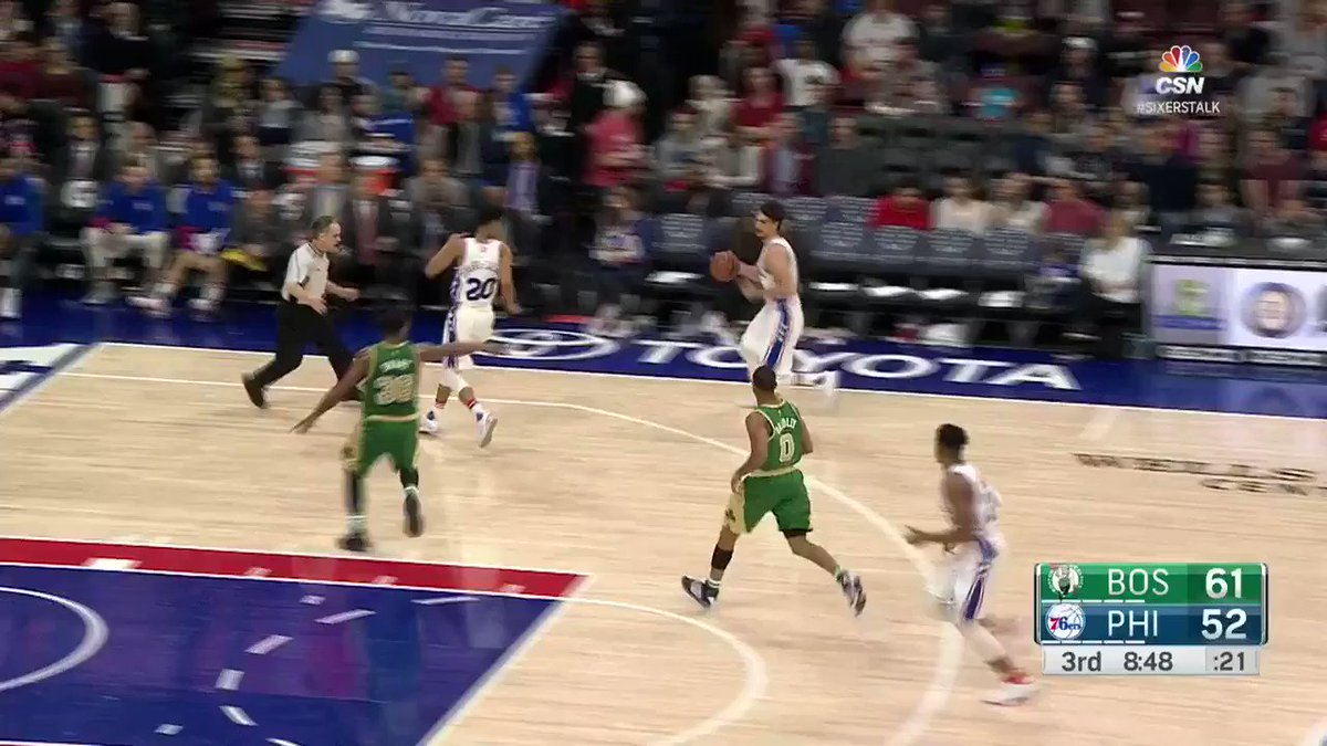 Saric didn't see it, but his dime is the #AssistOfTheNight! https://t.co/aXyXR8Q3a6