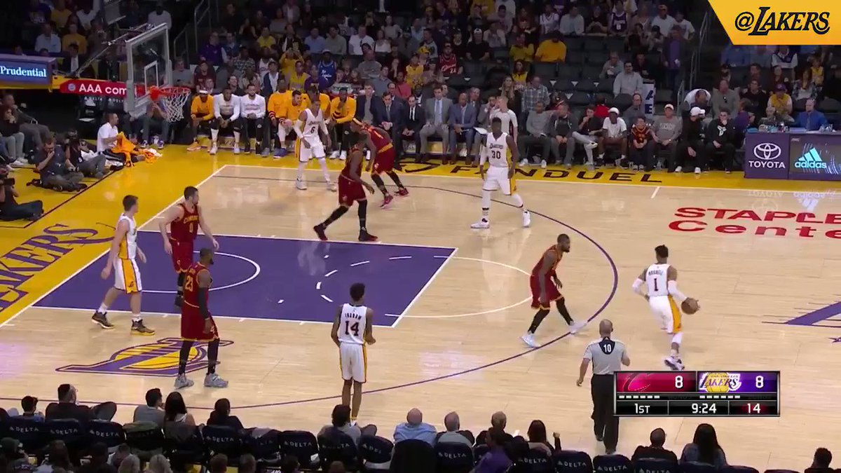 HIGHLIGHTS: D'Angelo Russell sets a new career-high in points with 40, connecting from downtown seven times. https://t.co/halIIWjZYz