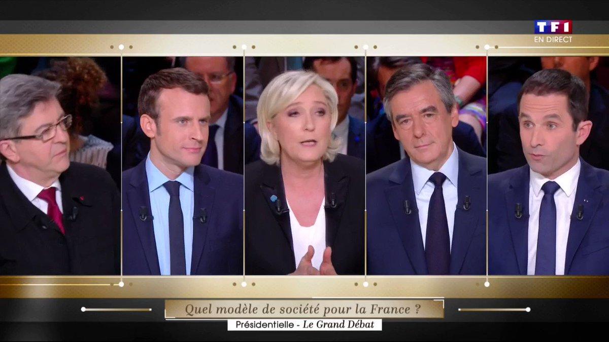Emmanuel Macron à Marine Le Pen : 'Je ne vous fais pas parler, je n'ai pas besoin d'un ventriloque' #LeGrandDebat