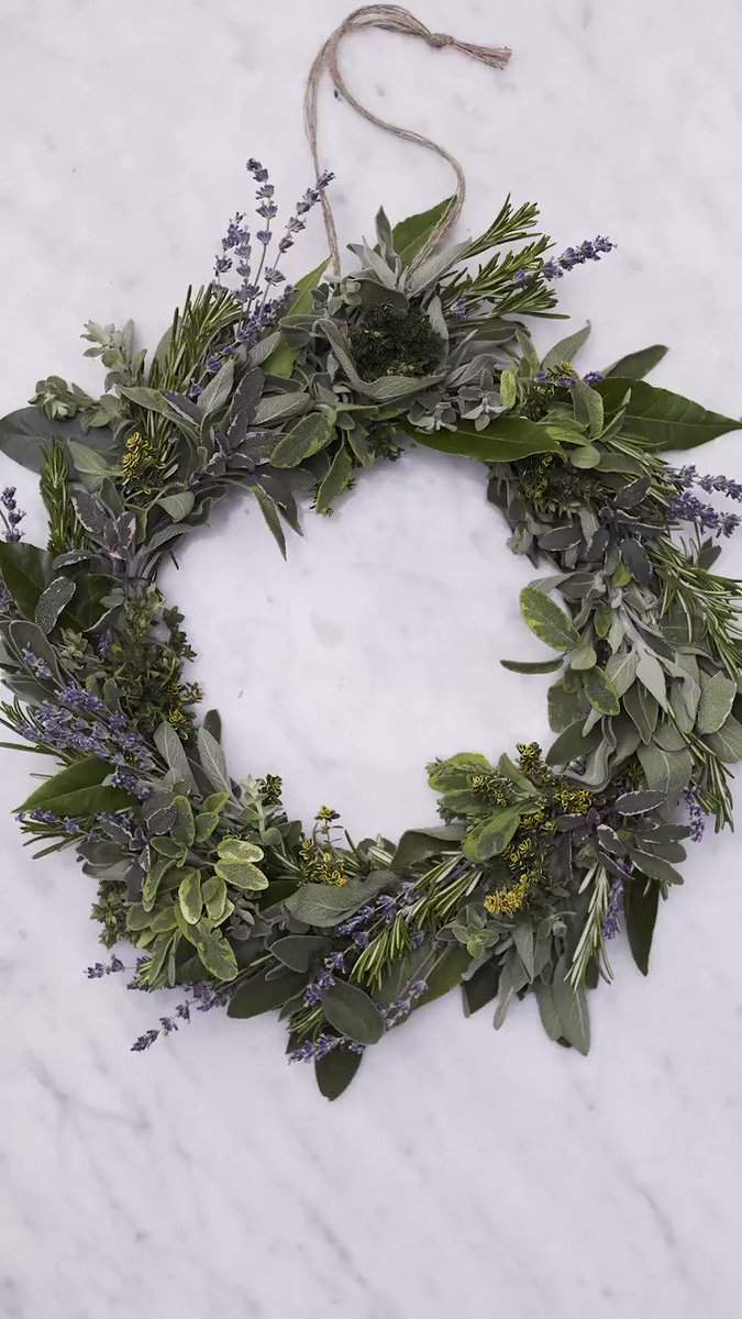 The heavenly scented herb wreath for #Easter in this month's @JamieMagazine https://t.co/CSGwv5KOrs