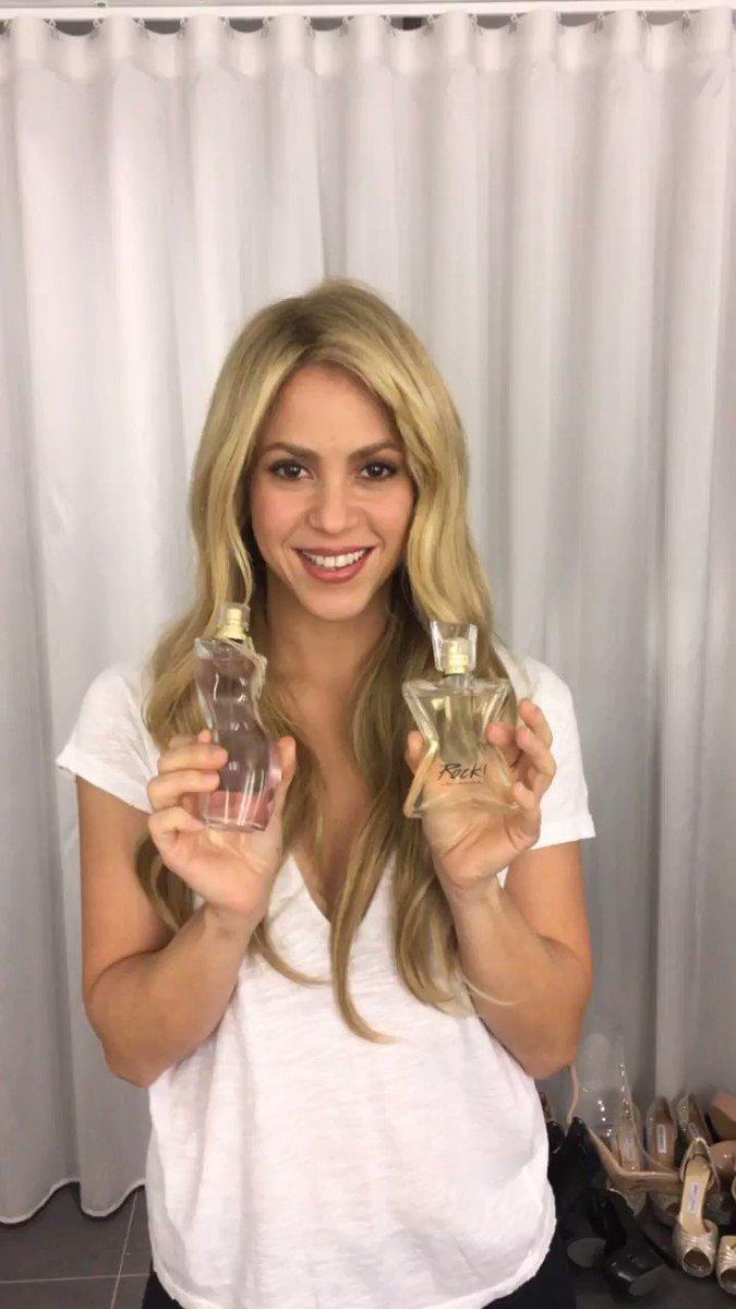 Preparados para ver #ShakiraEH? Tenemos 10 fragancias firmadas! Estad atentos! #ShakiraDanceESP SHQ https://t.co/NumnmyT2wd