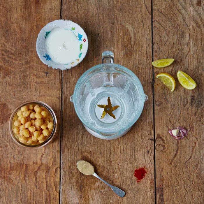 Quick and skinny homemade houmous. Perfect for picnics. Happy #NationalPicnicWeek! ????☀️ https://t.co/25KtHBfrPU https://t.co/2XvHjSquQw