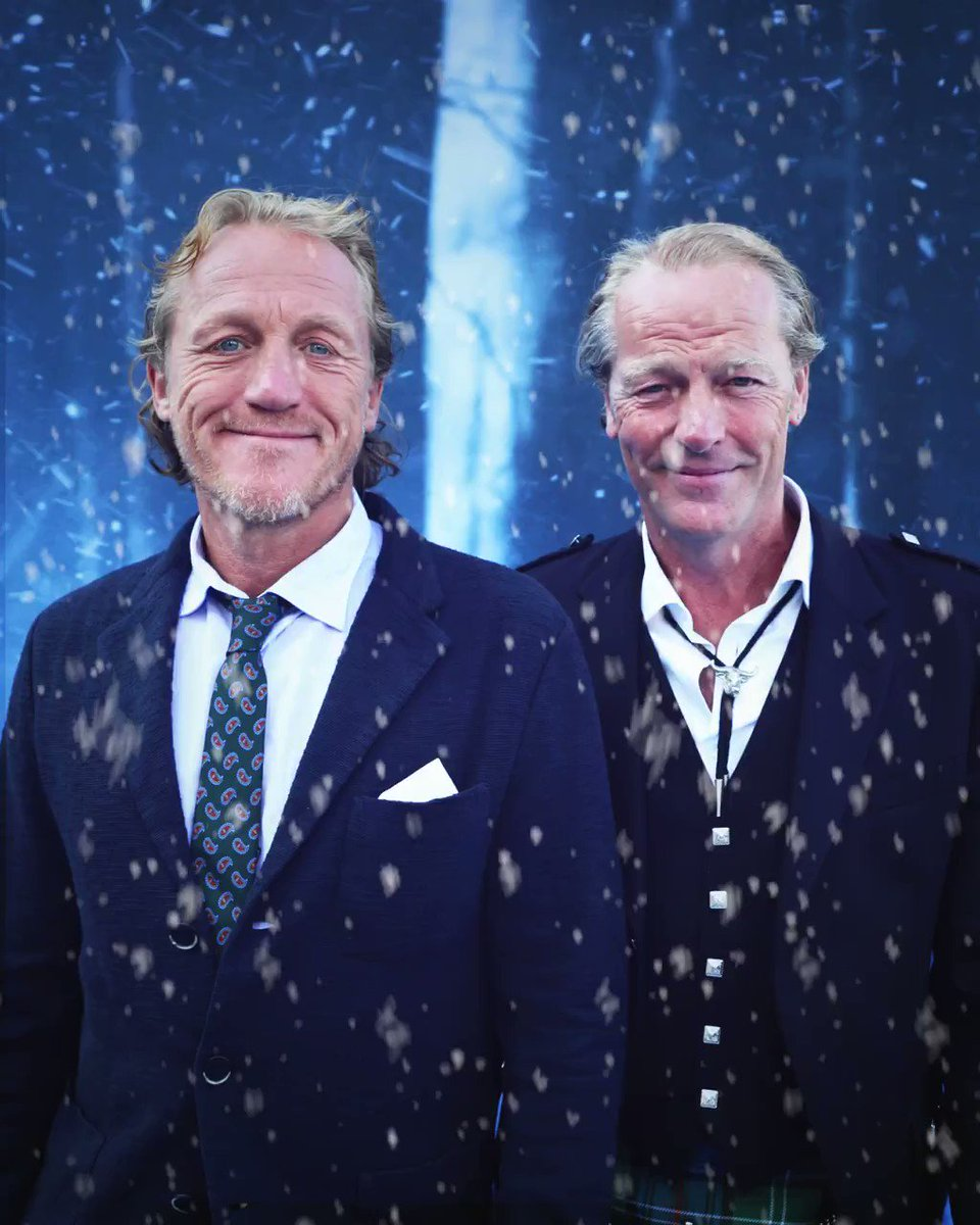 #WinterIsHere. @JeromeFlynn and Iain Glen keeping it cool at the #GoTPremiereLA blue carpet photo studio. #GoTS7 https://t.co/8R2AfTGhvV