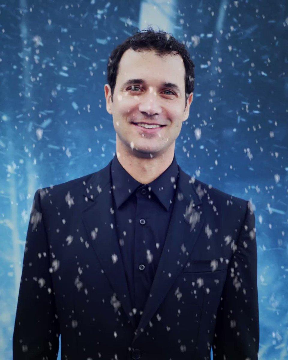 #GoT composer @Djawadi_Ramin hits the #GoTPremiereLA #WinterIsHere photo studio. https://t.co/oYIxjplR1O