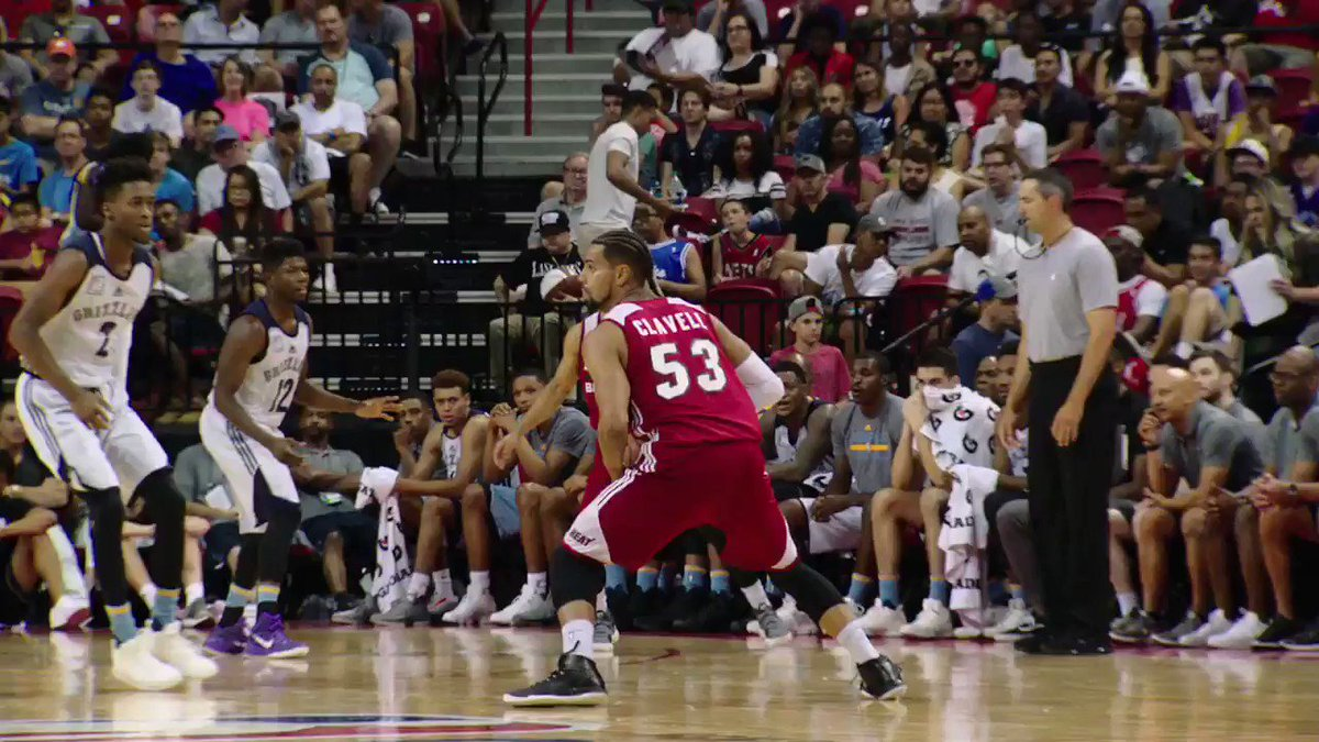 The @memgrizz rookie, Dillon Brooks, getting it done during the #NBASummer Quarterfinals!  #PhantomCam https://t.co/NMo2KuS829
