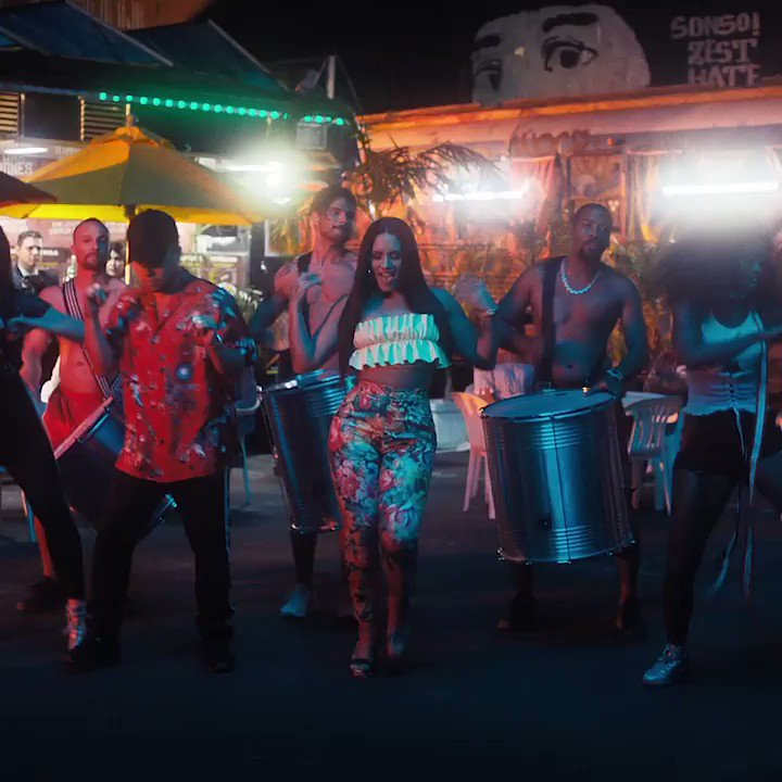 #INSTRUCTION VIDEO IS HERE ������ Report to the dance floor!! @jaxjones @StefflonDon https://t.co/r0JxKNOtyG https://t.co/bZWjaE4sbe