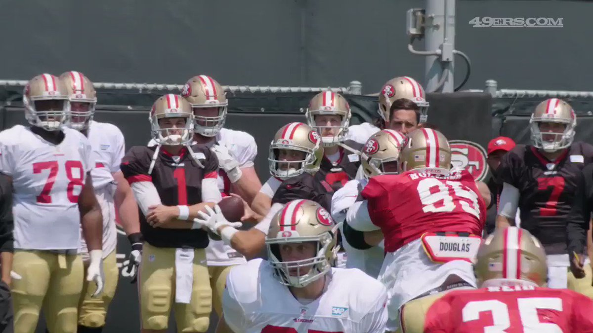 ���� The defense was everywhere today. #49ersCamp https://t.co/8J78L7jYBK