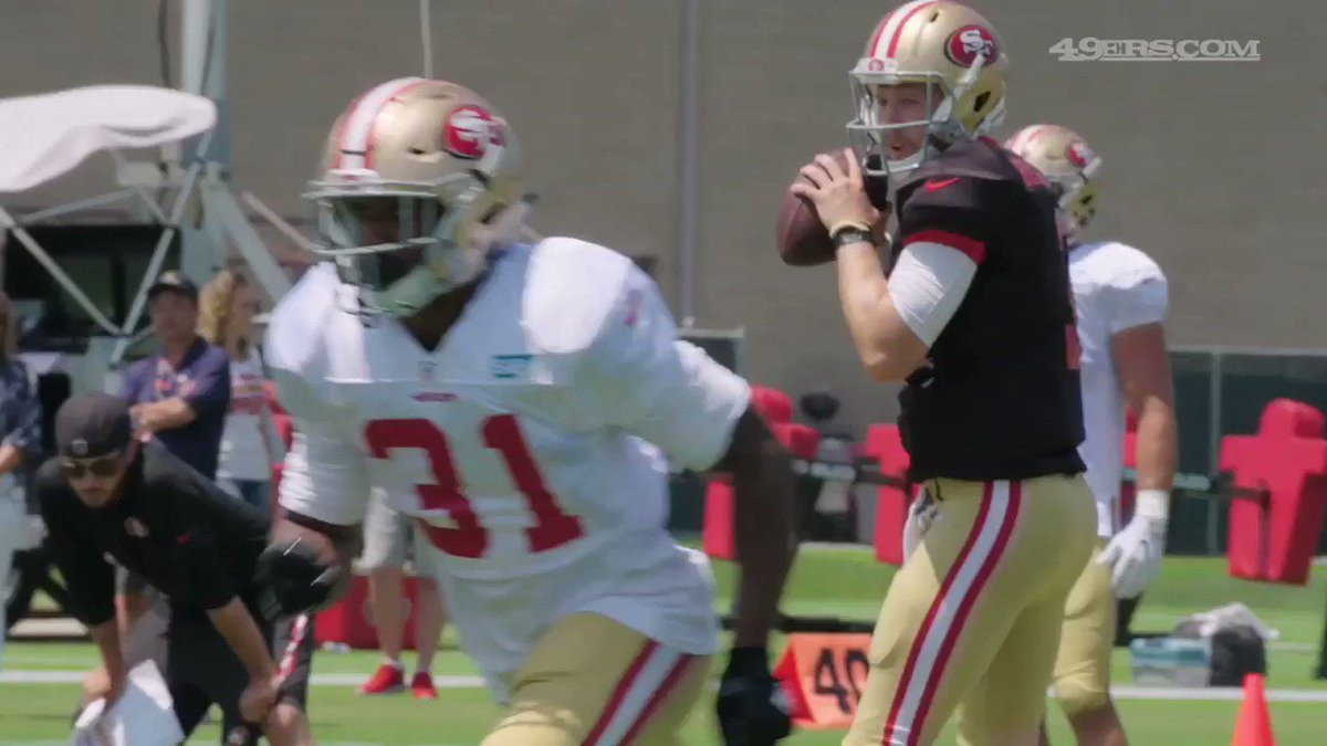 On the money! C.J. Beathard finds @Tpstreets for the touchdown. �� #49ersCamp https://t.co/srhrHDBTDJ