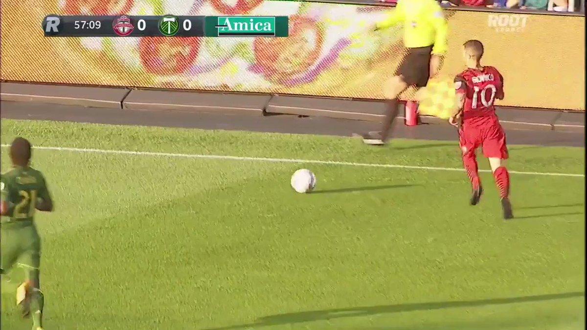 RT @futbolMLS: .@justmorrow anticipa, recupera y marca este ¡GOLAZO! #TORvPOR | 1-0 https://t.co/NGTqLFneMX
