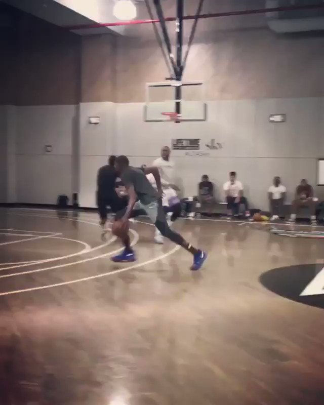 'Positive Energy Always Create Elevation' M7 #AcademyBasketball BLACK OPS Session PT.1   #STAYME7O PT.2 Coming soon https://t.co/ZvU9zGCl62