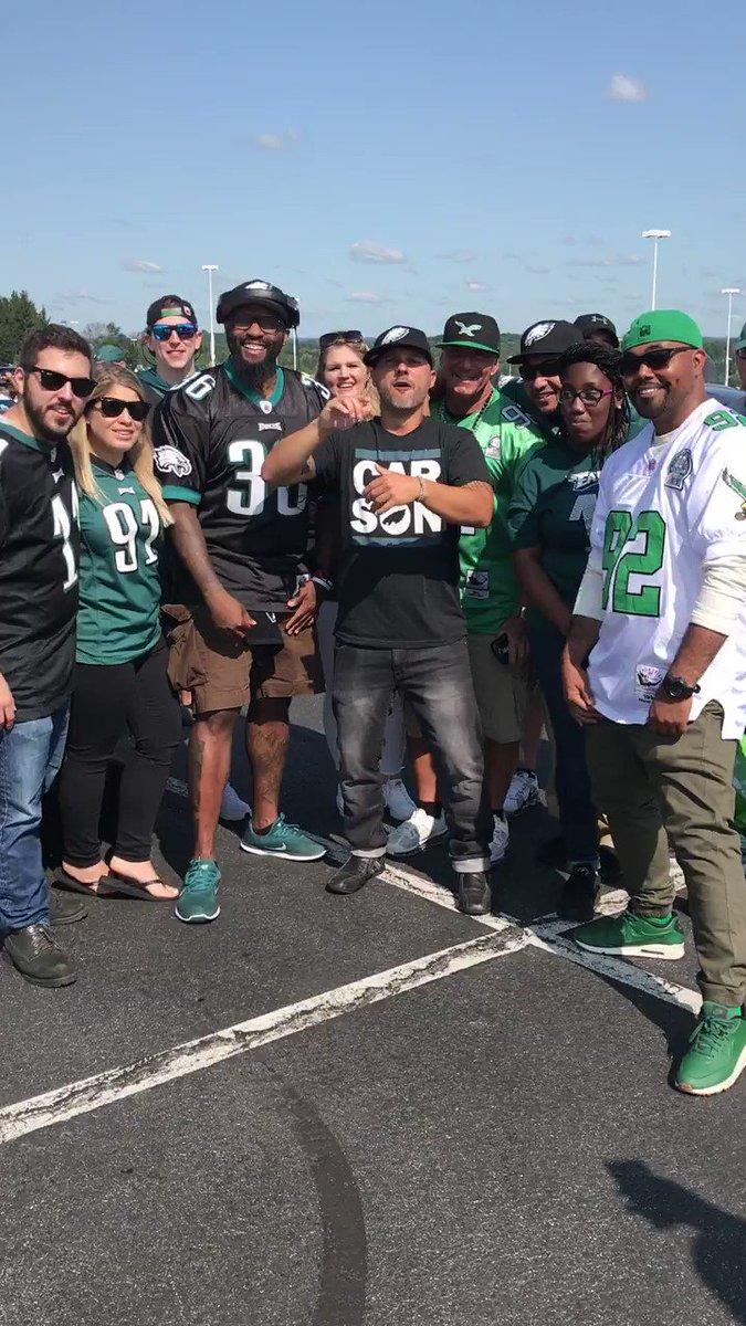 #Eagles fans travel well. #FlyEaglesFly https://t.co/GoTcKhZD6a