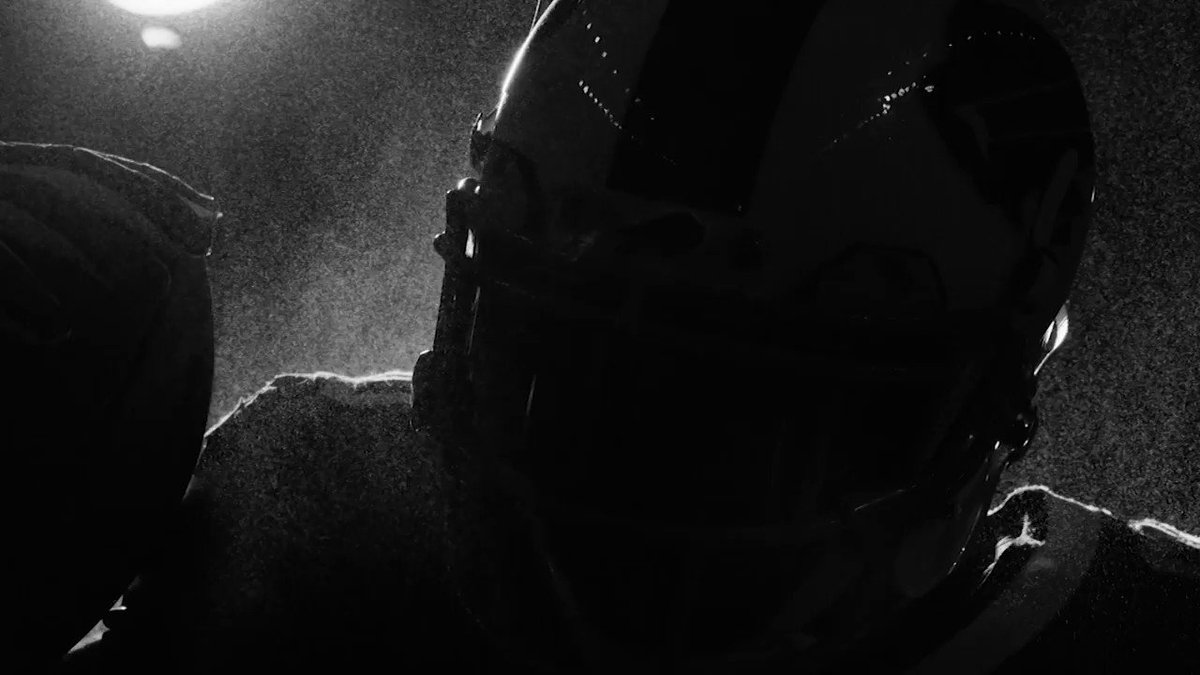 We. Have. Kickoff. #GoBills https://t.co/zqBxzxqHmp