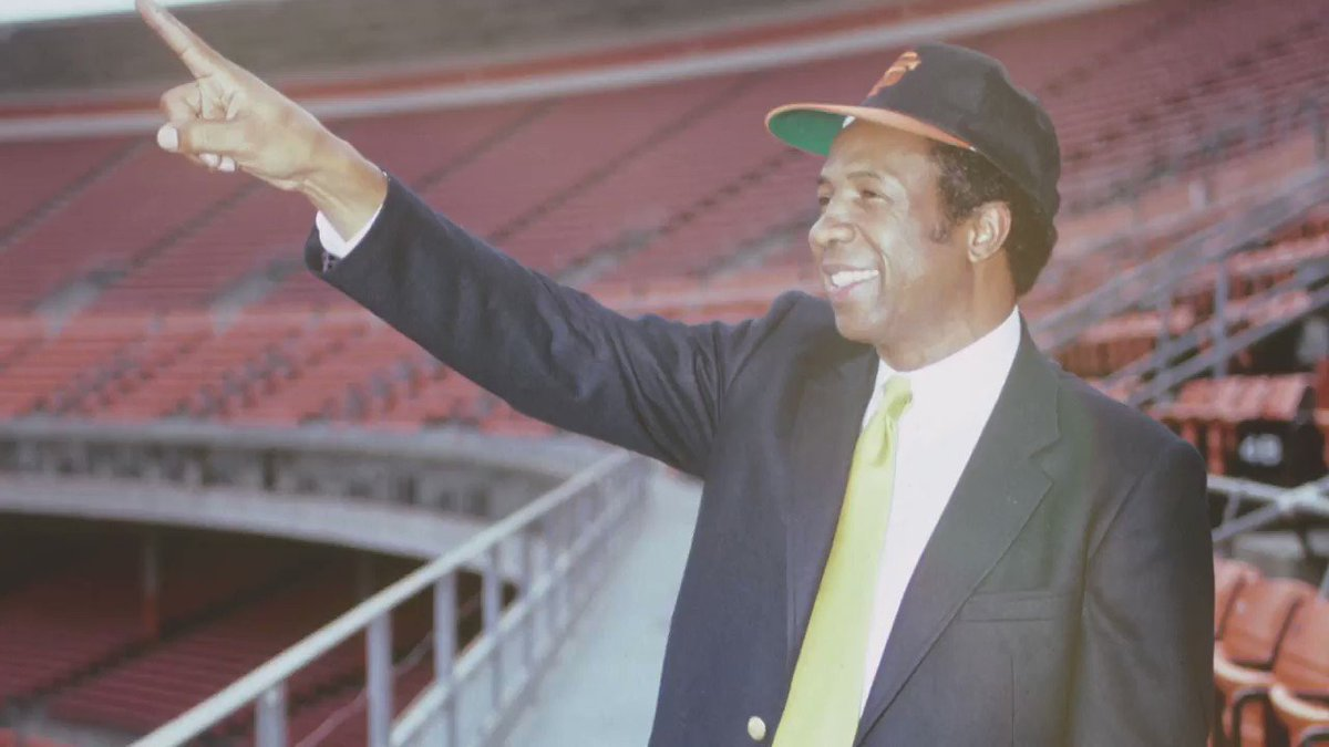 Frank Robinson: a baseball man through and through.  #ForeverGiant | #SFGiants https://t.co/63QyulnigS