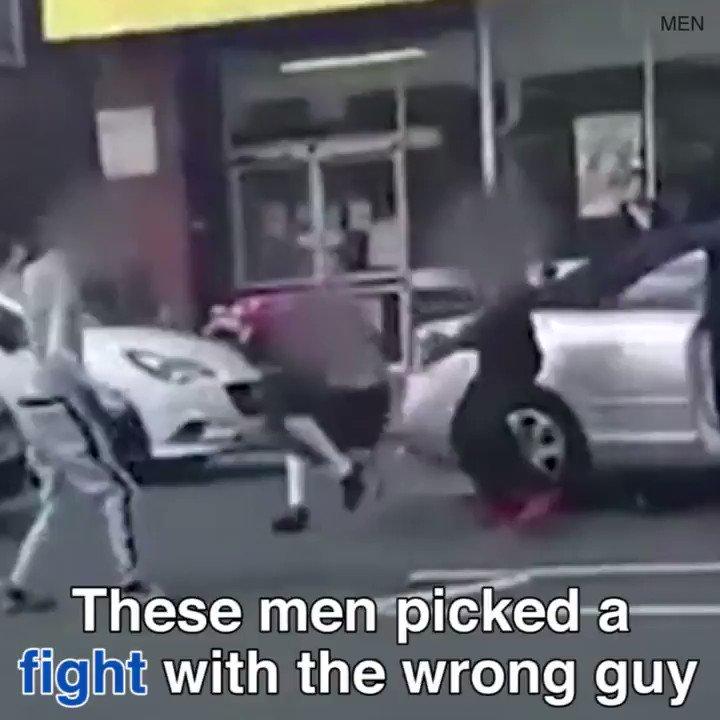 These men don't know what hit them!  via @DailyMailUK  https://t.co/1ZcZvPjRVf https://t.co/IqVulDKMuJ