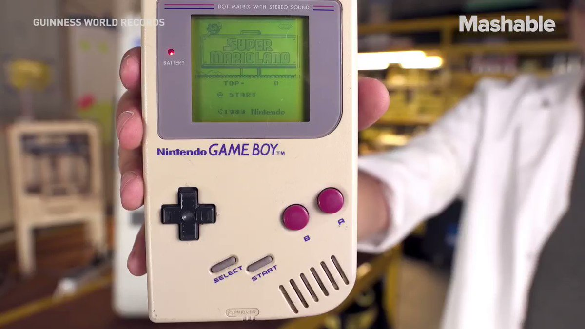 Playing Pokémon on a XXL Game Boy probably feels like a proper workout with this massive Game Boy https://t.co/9W5nOOVEFV