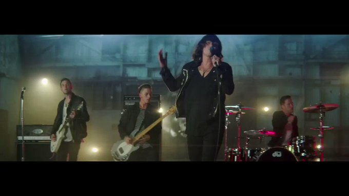 @YouTube: .@SWStheband turns their fans into Legends https://t.co/oDua2FoQWU https://t.co/av4oOqhsdH