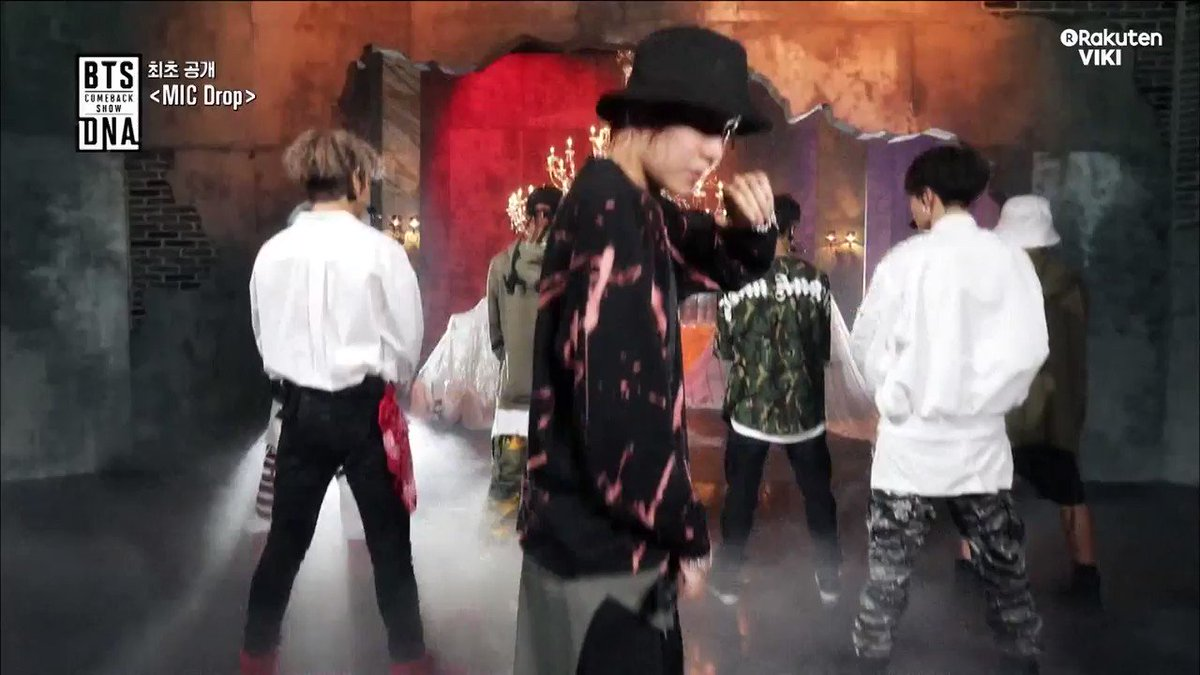 Remember when #BTS performed MIC Drop? Same.��  Tune in to the full #BTSCOMEBACKSHOW: https://t.co/PEkcsCSmZK https://t.co/anoBjBxoRr