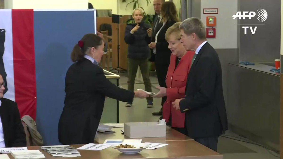 Angela Merkel casts her vote in Germany's general election #GermanyDecides